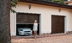 Удобные секционные ворота для гаража.